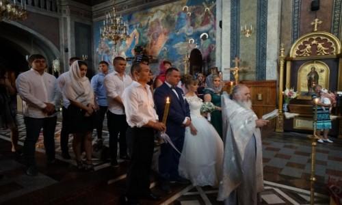 Zdjecie UKRAINA / Czerniowce / Katedralny Sobór Św. Ducha / Ślub
