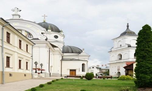 Zdjęcie UKRAINA / Obwód lwowski / Żółkiew / Cerkiew i monaster oo. Bazylianów