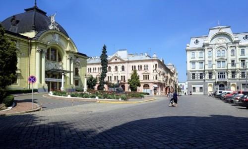 Zdjęcie UKRAINA / Bukowina / Czerniowce / Plac teatralny