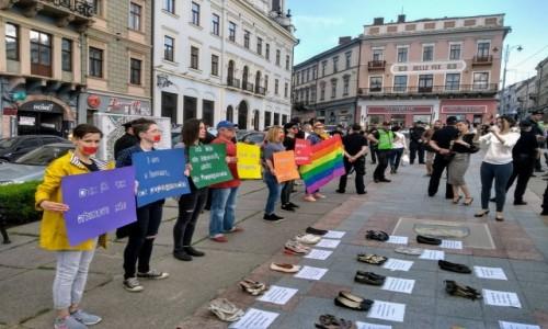 UKRAINA / Bukowina / Czerniowce / W Czerniowcach też protestują