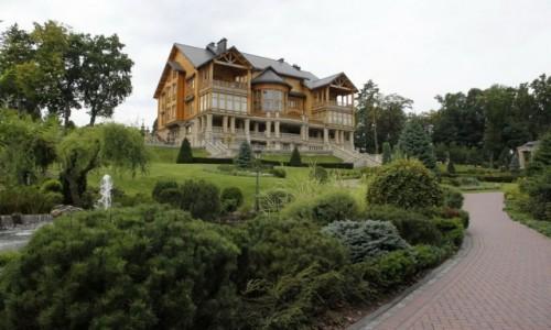 Zdjecie UKRAINA / Obwód kijowski / Meżyhiria / Willa Janukowycza