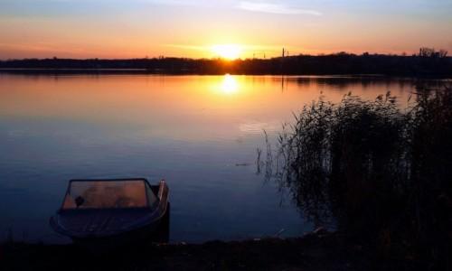 Zdjęcie UKRAINA / Charków / Rzeka Charkiv / Przystań