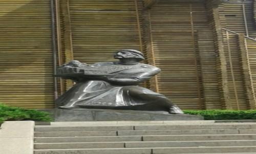 Zdjecie UKRAINA / Kijów / Ul. Jarosławów Wał / Pomnik księcia Jarosława Mądrego