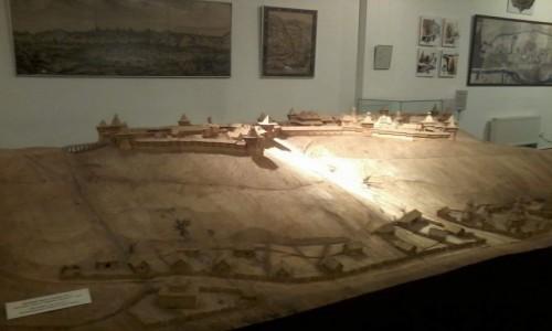 UKRAINA / Kijów / Ul. Bohdana Chmelnickiego, 7 / Muzeum Historii Kijowa-5