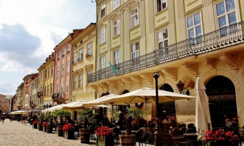 UKRAINA / obwód lwowski / Lwów / Lwowskie kamienice