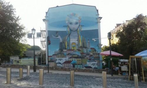 UKRAINA / Kijów / Zejście św. Andrzeja / Kijowskie Murałe