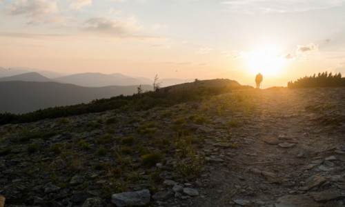 Zdjecie UKRAINA / obwód iwanofrankowski / Gorgany / razem ze słońcem biegnijmy do kresu dnia