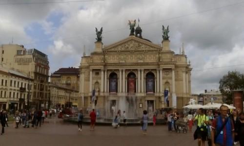 Zdjecie UKRAINA / - / Lwów / Opera we Lwowie