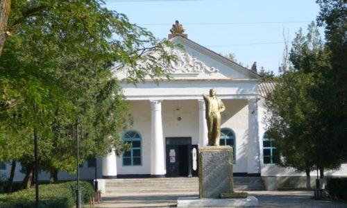 Zdjecie UKRAINA / Krym / wioska za Dzonkoj / tam jest droga...............