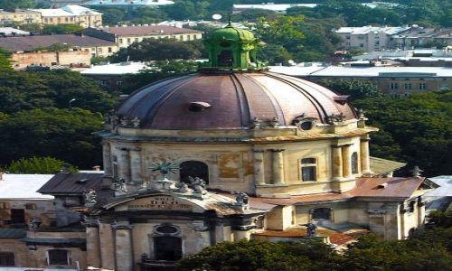 Zdjęcie UKRAINA / Zachodnia Ukraina / Lwów / Dawny Kościół Dominikanów. Widok z wieży ratuszowej.