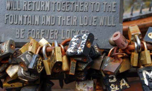 Zdjęcie URUGWAJ / Montevideo  / Montevideo  / love forever. fontanna