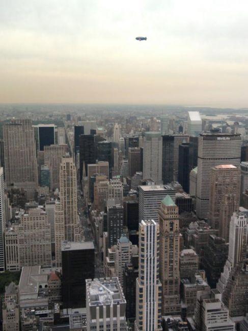 Zdjęcia: Nowy York, NY, Zeppelin nad NY, USA