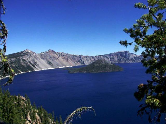 Zdj�cia: poludniowy brzeg jeziora, crater lake np, wizard island, USA