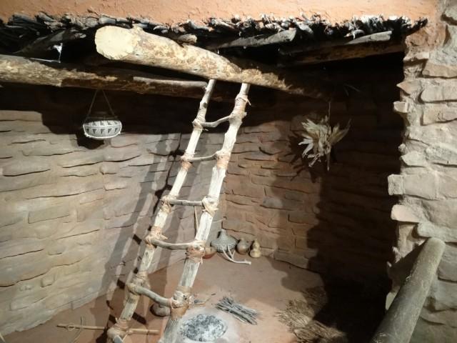 Zdjęcia: Centrum Kultury Anasazi w Boulder, Utah, Rekonstrukcja kivy Anasazi , USA