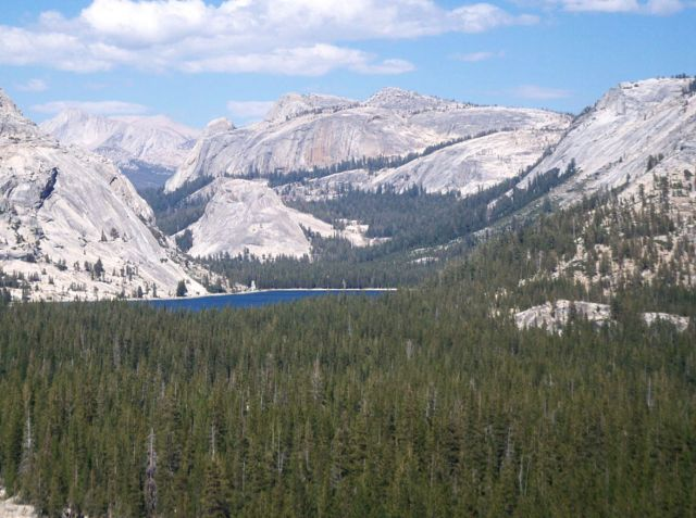 Zdjęcia: Kalifornia, jeziorko nieopodal Tioga Pass ( 3000m n.p.m.), USA