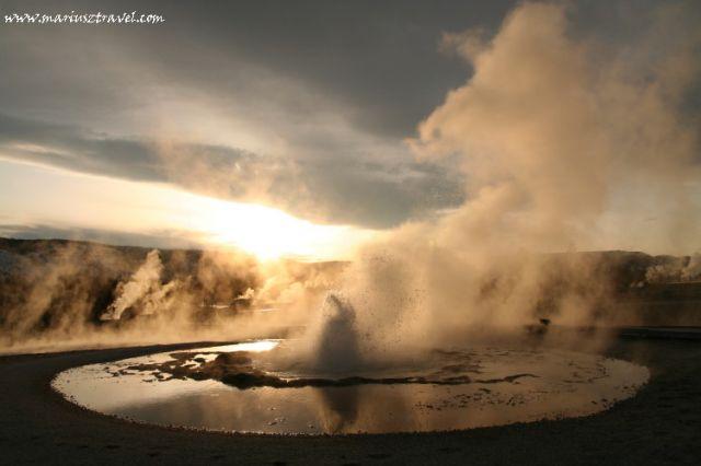 Zdjęcia: Yellowstone, Wyoming, mały gejzer, USA
