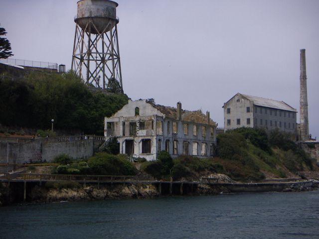 """Zdjęcia: Tu  """" mieszkał """" ALCAPONE, San Francisco, USA"""