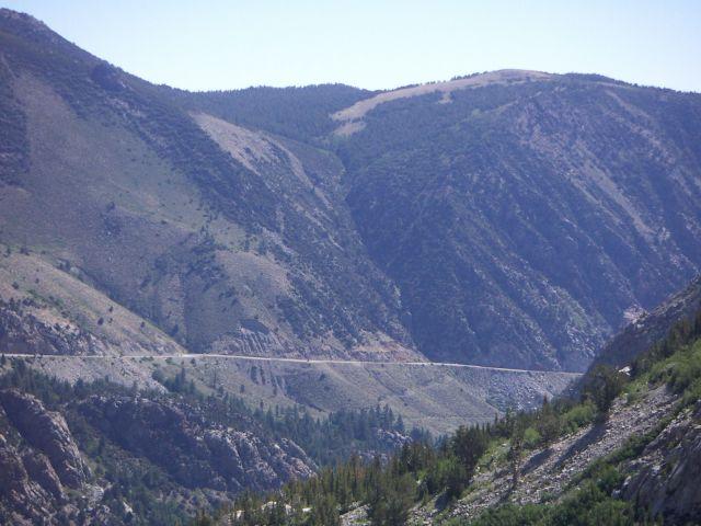 Zdjęcia: PARK NARODOWY YOSEMITE droga na wysokości ponad 2900 m npm, Przyroda Zachodniego Wybrzeża, USA