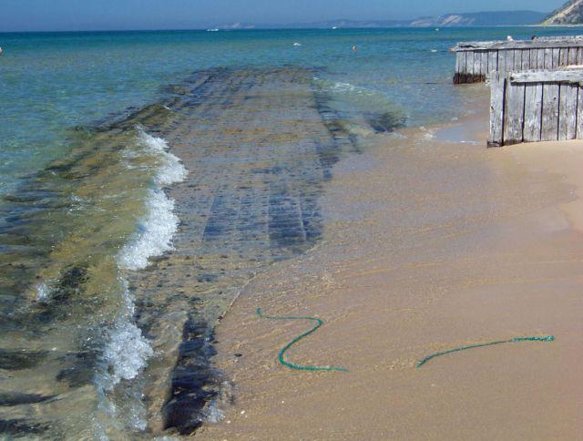 Zdjęcia: Michigan / Arcadia, wrak na plazy 2, USA