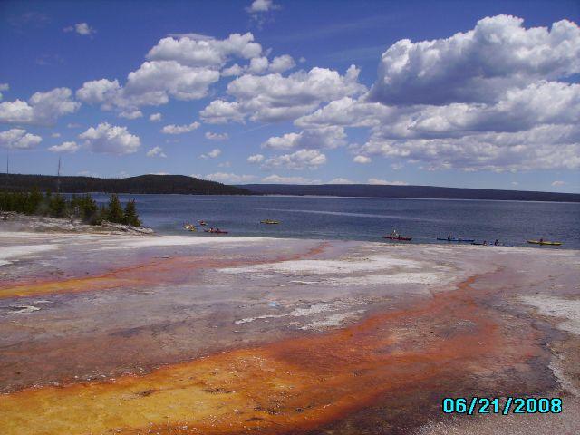 Zdjęcia:  nad jeziorem Yellowston, Wyoming, Park Yellostone, USA