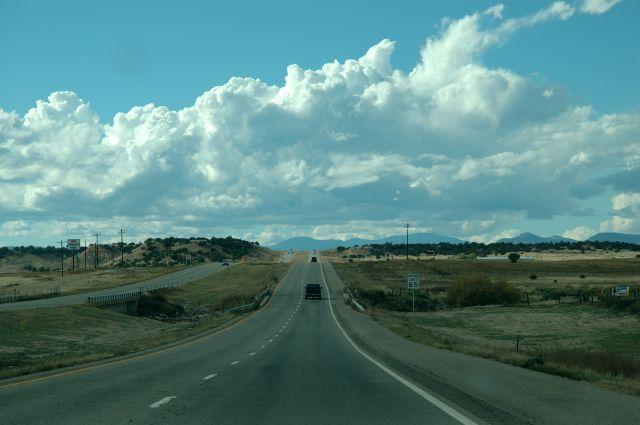 """Zdjęcia: Gdzieś pomiędzy Colorado Springs a Canon City, Colorado, """"Zwykła"""" droga stanowa, USA"""