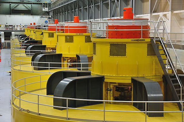Zdjęcia: Page, Arizona, Glen Canyon Dam - hala turbin w elektrowni wodnej, USA