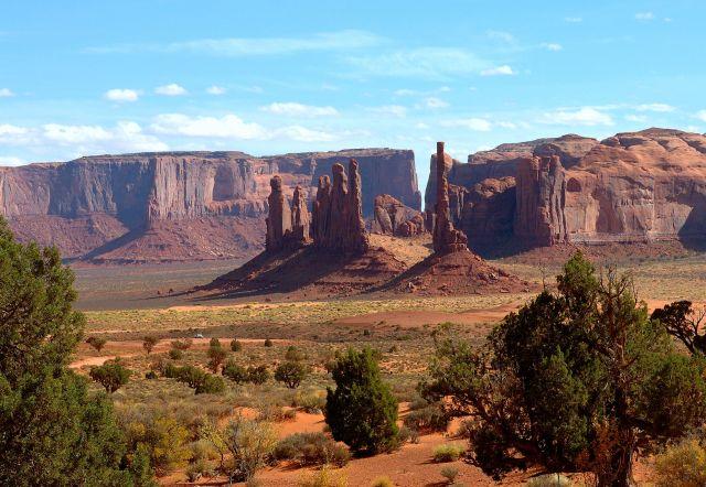 Zdjęcia: Monument Valley, Arizona, Cudowna kraina Navajo -  po południu..., USA