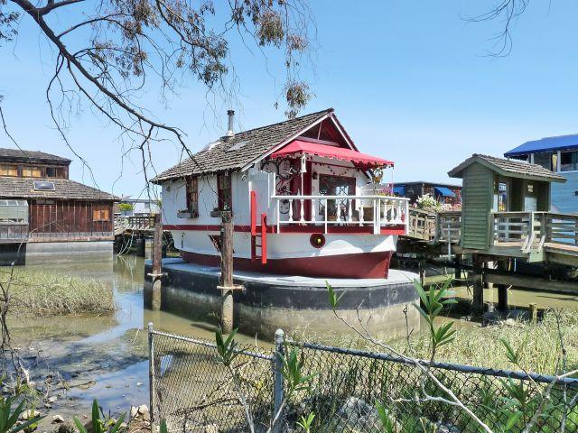 Zdjęcia: San Francisco, California, Domek łódka w kształcie .... łódki, USA