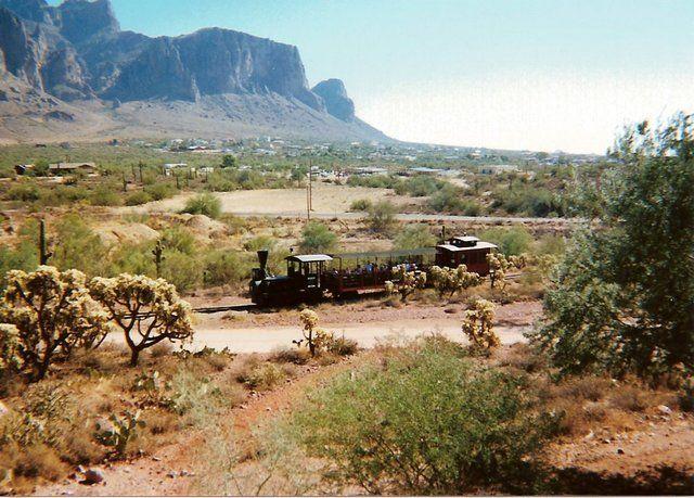Zdjęcia: Goldfield Ghost Town, Arizona, Stara ciuchcia w Arizonie, USA
