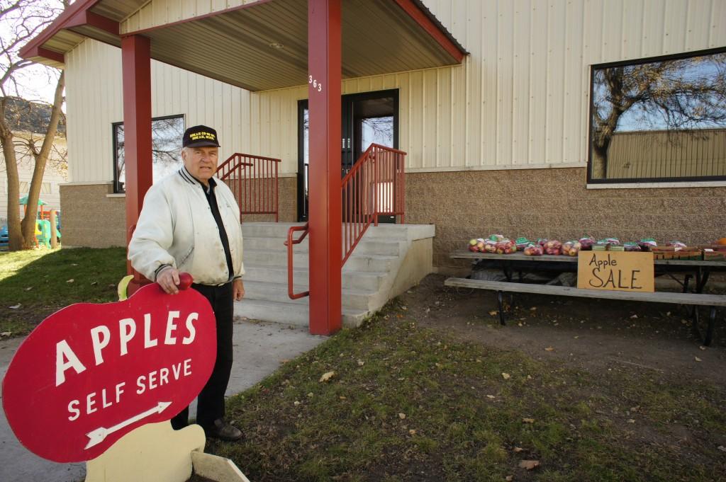 Zdjęcia: Winona, stan Minnesota, Ksiądz Paul Breza z Winony, USA