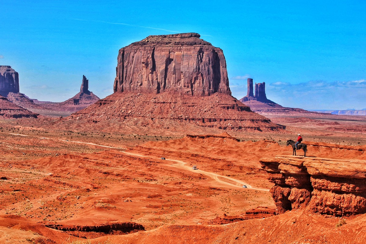 Zdjęcia: Monument Valley, Utah, John Wayne Point (jak żywy), USA