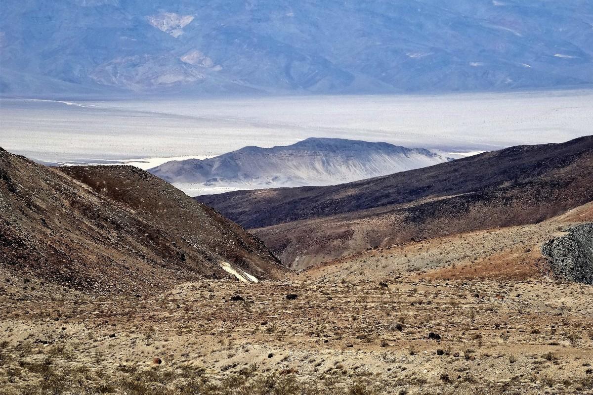 Zdjęcia: Gdzieś po drodze, chyba w Nevadzie, Pustynia Mojave, Posępny urok Mojave, USA