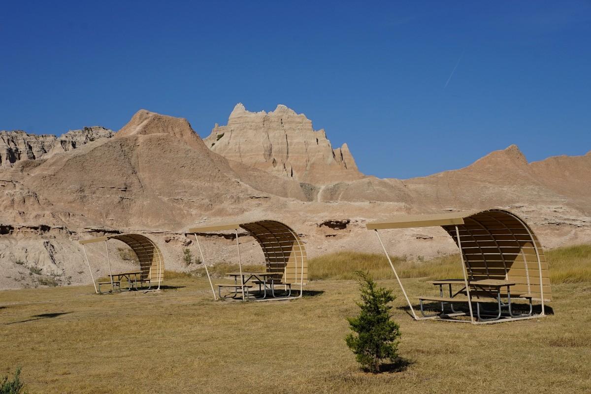 Zdjęcia: Park Narodowy Badlands, Południowa Dakota, Przy Centrum Turystycznym, USA
