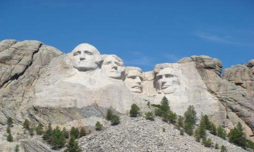 Zdjecie USA / South Dakota / Mount Rushmore / Glowy amerykanskich prezydentow