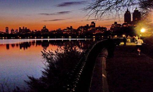 Zdjecie USA / NY / NYC / Nocny spacer po central parku