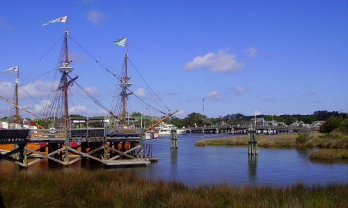 Zdjęcie USA / North Carolina / Outer Banks / replika Quinn Elisbeth II