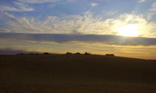 Zdjecie USA / North Carolina / Outer Banks - Park Stanowy Jockey's Ridge / po zachodzie słońca