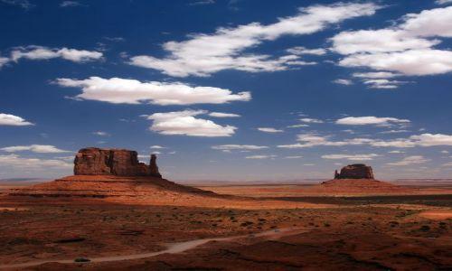Zdjęcie USA / Arizona / Monument Valley / Czajniki