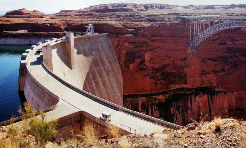 Zdjecie USA / Utah / Glen Canyon Dam / Dwa poziomy