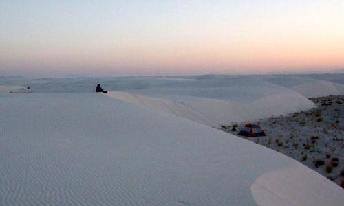 Zdjecie USA / - / Nowy Meksyk / White Sands NM / konkurs - w oczekiwaniu na swit