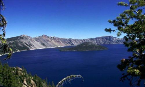 Zdjecie USA / crater lake np / poludniowy brzeg jeziora / wizard island