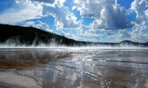 USA / Wyoming / Yellowstone / Gayser basin