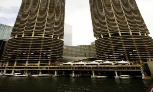 Zdjęcie USA / Illinois / Chicago / Marina City Towers, czyli kolby kukurydzy