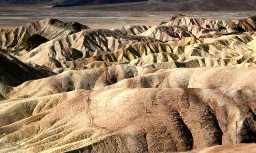 Zdjęcie USA / Kalifornia / Dolina Śmierci / Kolorowe pagórki