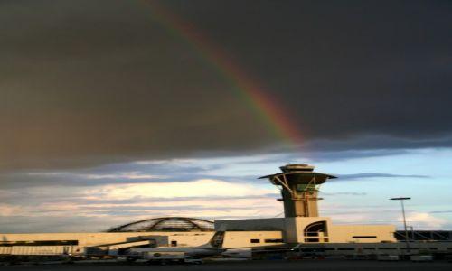 Zdjęcie USA / Kalifornia / Los Angeles Airport / Światełko do nieba
