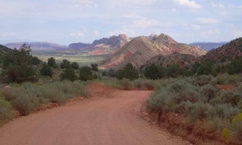 USA / Arizona / Vermilion Cliffs / House Rock Valley Road