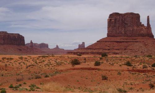 Zdjecie USA / Utah / Monument Valley / Monument Valley - miejsce, które każdy widział...