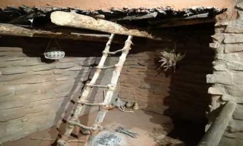 USA / Utah / Centrum Kultury Anasazi w Boulder / Rekonstrukcja kivy Anasazi