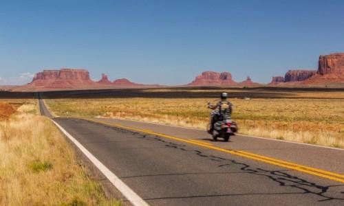 Zdjecie USA / Utah / Monument Valley / W drogę!