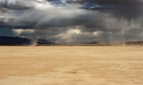 Zdjecie USA / Kalifornia / Dolina Smierci / W Dolinie Smierci tez czasami pada...